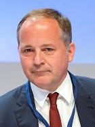 Das Direktoriumsmitglied der Europäischen Zentralbank (EZB), Benoit Coeure kommt am 03.04.2014 im Hotel Interconti in Berlin zum Wirtschaftstag der CDU. Foto: Soeren Stache/dpa