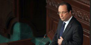 Francois Hollande devant l'Assemblée nationale tunisienne à Tunis le 5 juillet 2013